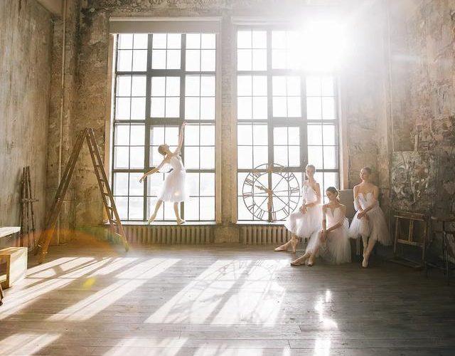 俄羅斯天才美女攝影師,拍出神仙光線下的絕色芭蕾,美極