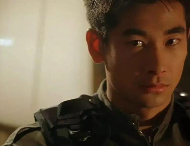 中國最可惜的男演員,19歲一夜成名,卻因一個錯誤選擇從巨星跌落