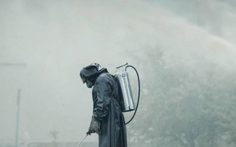 刷爆熱搜的日本核廢水事件,讓我想起了這部 9.6 分神劇