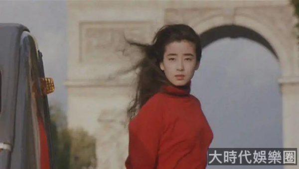 宮澤理惠:17 歲被親媽帶上色情路,最終浴火重生