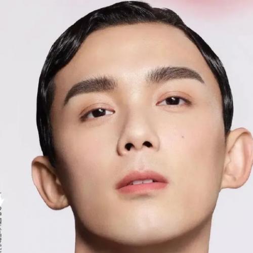 吳磊成油膩小哥蔡徐坤像拍恐怖片,品牌方怎么整的?
