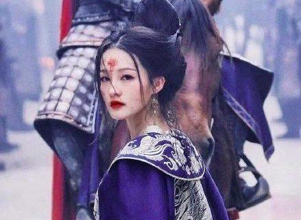 影視劇里的幾位明星的黑化妝容,吳磊似乎是被降低了顏值啊! 