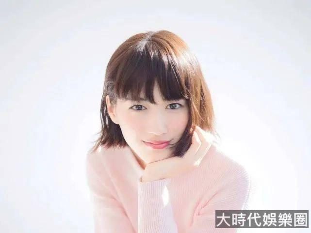綾瀨遙慘遭詐騙1億日元,這個醜聞反而救了她?