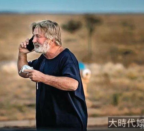 李小龍之子李國豪之死重演,美演員鮑德溫片場開槍,攝影亡導演傷